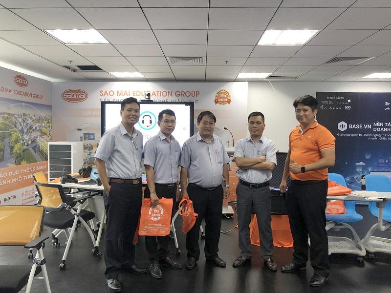 Đón đoàn tham quan Chánh Văn Phòng Quận Tân Bình