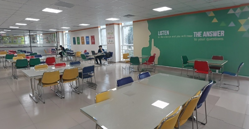 Thư viện trường Hutech-2