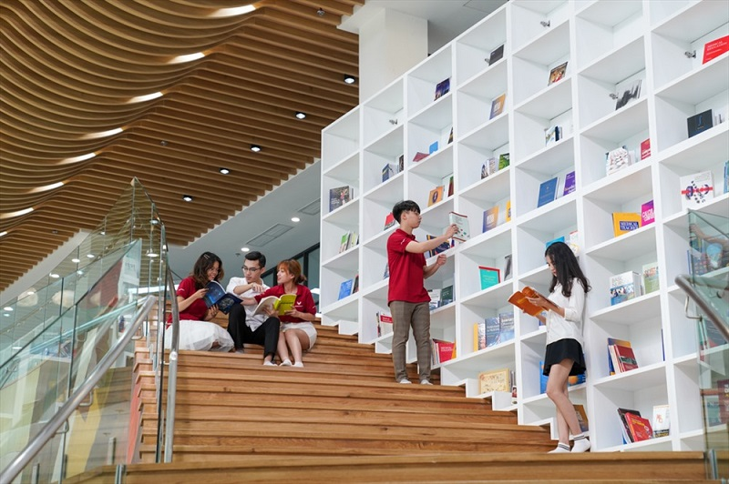 Thư viện Đại học Vinuni-3