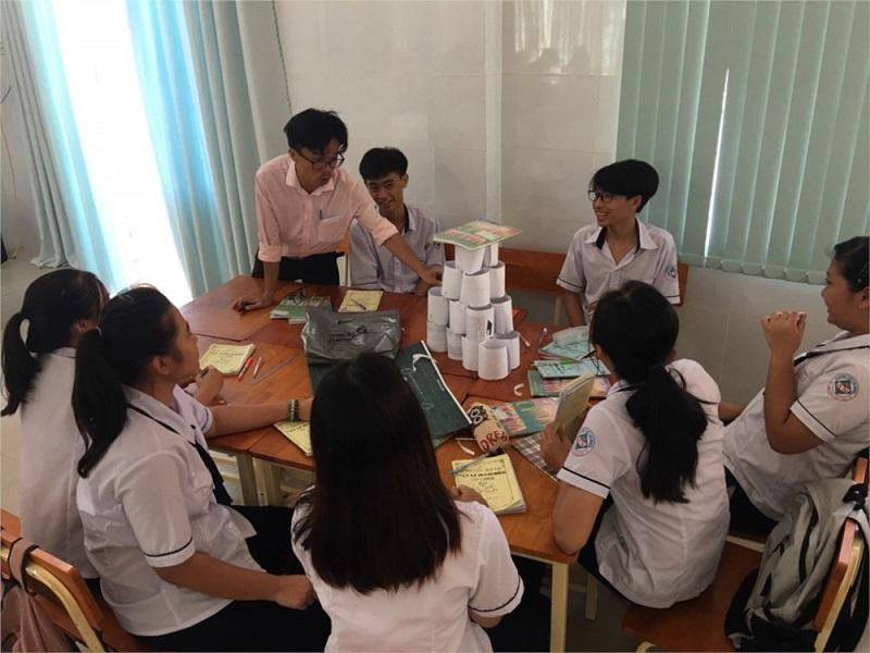 Chương trình STEM trong trường học thông minh