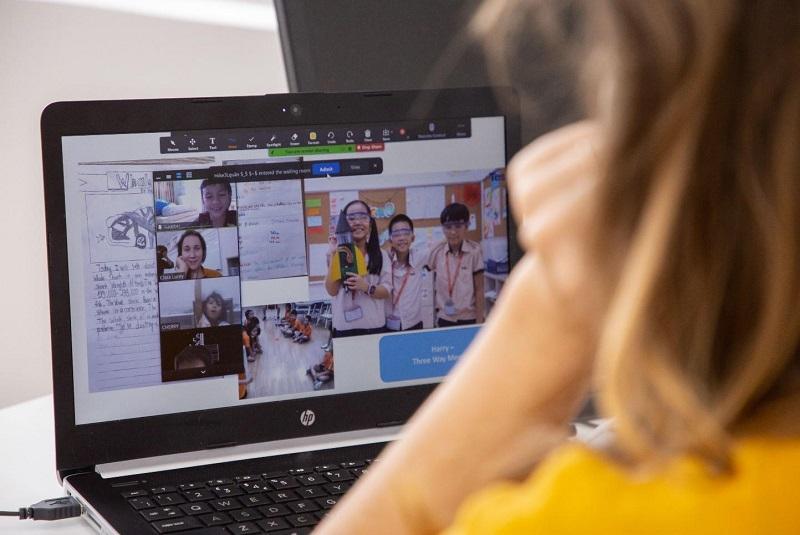 Các thiết bị không thể thiếu khi dạy học online